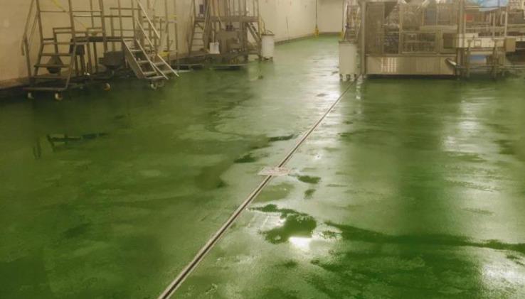 Groene Ucrete vloer voor Johma oet Twente