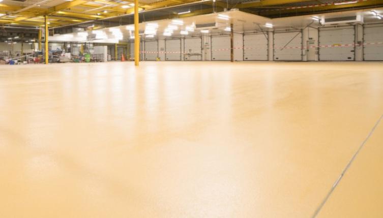 Bakkerij Goedhart kiest SR voor onderhoud vloeren
