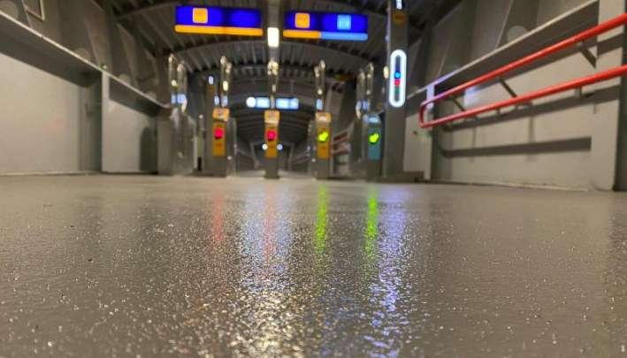 Resultaat vloer renovatie Station Amersfoort